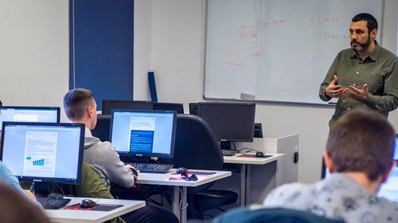 Udruga Servus i ove godine stipendira dvoje budućih studenata računarstva