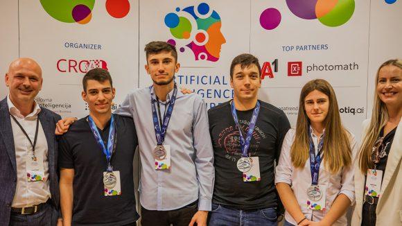 Naši studenti među najboljim studentima prvog natjecanja Hrvatske AI lige
